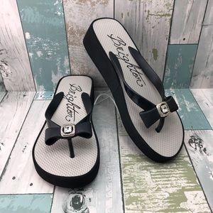 Brighton Wedge Thong Sandals Size 8